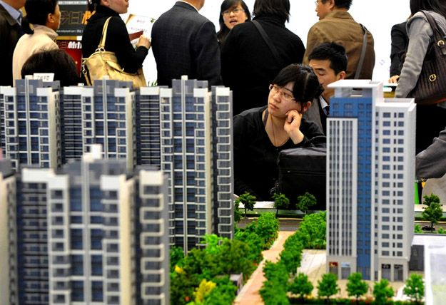 China's Big Economic Bubble: 5 Reasons.