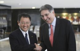 Toyota president Akio Toyoda and Minister Pimentel at the ceremony
