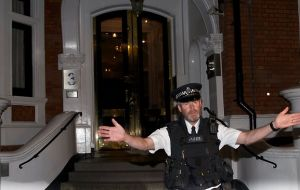 Assaange remains at the Ecuadorian embassy surrounded by London police