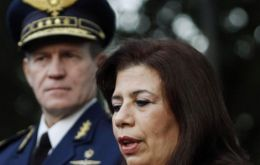 Maria Liz Garcia, Paraguay's first woman defence minister