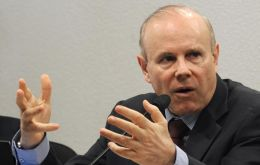 """We left behind a period of weak growth"", says Finance minister Mantega"