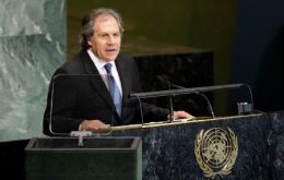 Minister Almagro said that there was a rupture of constitutional order in Paraguay