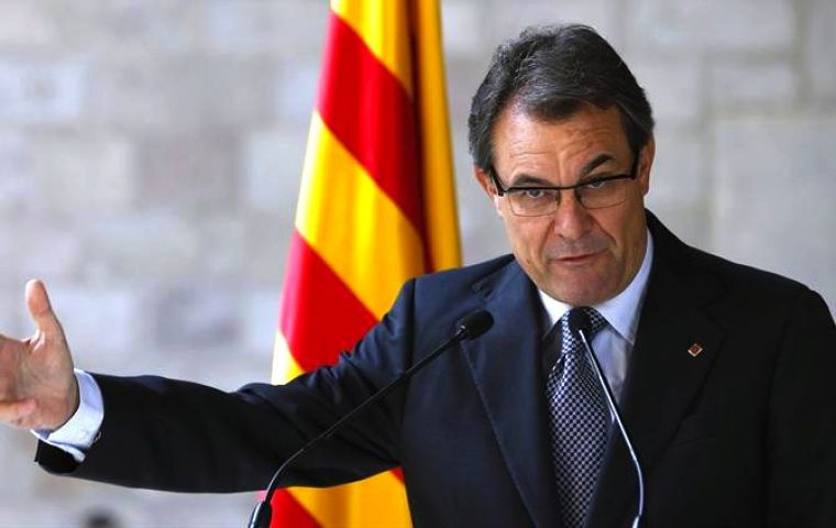 Conservatives and Socialists voted down the Artur Mas initiative