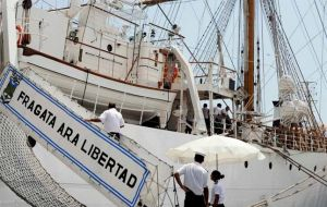 ARA Libertad can be bailed with 20m dollars, or remains paying 50.000 dollars per day for docking costs