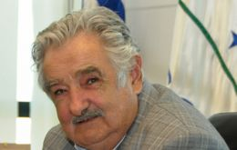 All indicates that at Mercosur December summit, President Mujica will receive the rotating chair from Brazil