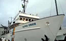 "The Alpha Crucis is the University of Sao Paulo's research vessel incorporated earlier this year to replace ""Profesor W Besnard"""