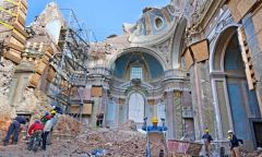 L'Aquila remains in ruins despite the earthquake that killed 300 people remains in ruins