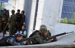 Another war between the police forces and drug lords for control of the favelas
