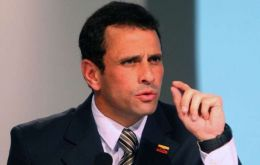 What cost does Chavez popularity have, asks Capriles