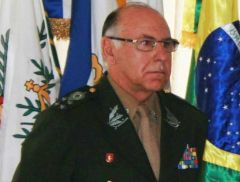 Joint Staff chief General Jose Carlos de Nardi: 'confidence building measures'