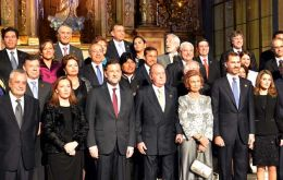 The family picture with King Juan Carlos and Queen Sofia in Cadiz