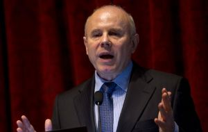 The ever optimistic Mantega forecast the economy will expand 1% in the last quarter