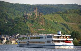 The MS Bellriva sailing along the Rhine
