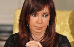 Cristina Fernandez, 'once more we comply'