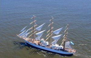 The tall ship with all its sails displayed and a huge Argentine flag left Ghana on Wednesday