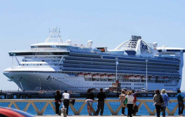 The huge cruise vessel docked with no incidents reported