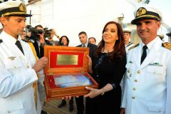 Honours to the president on board the frigate