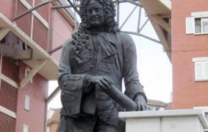Statue dedicated to Admiral Sir George Rooke