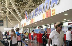 Havana airport on busy bustling day