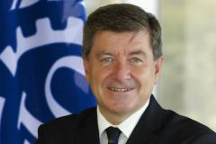 """Many of the new jobs require skills that jobseekers do not have"", says ILO Director General Guy Ryder"