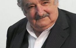 President Mujica exposed differences on economic policy in his government