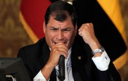 The Ecuadorean president wants a quick normalization of links with a Paraguayan 'legitimate' government