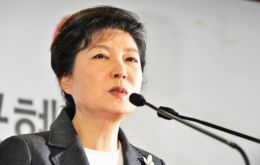 Park Geun-hye is daughter of Park Chung-hee, considered one of the founders of modern Korea