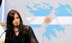 """They were deciding if they were going to occupy the building or not"" said ironically the Argentine president"