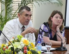 MLA Hansen and Ms Hancox during the discussion in Trinidad 6 Tobago at Port of Spain (Photo: R. Codallo)