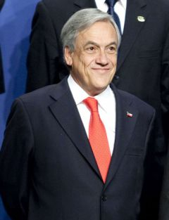 The ever smiling Piñera, thee most unpopular president of the last twenty years