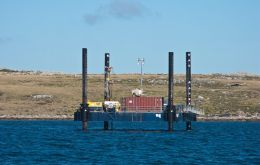 The jack-up barge and deck-mounted core drill machine on location in Port William (Photo courtesy by C. Harris)