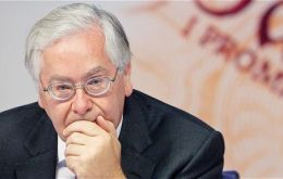 In past meetings Governor Sir Mervyn King have favoured an extra £25bn boost