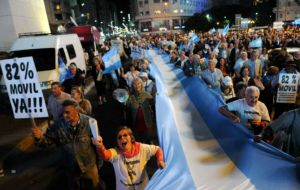 Hundred of thousands congregated in downtown Buenos Aires emblematic sites