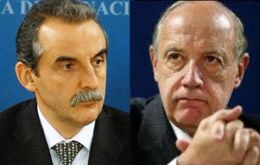 Guillermo Moreno the thug and economist and former Economy ministry Lavagna one of his victims