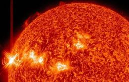 Supercharged streams of solar material have missed the Earth because the active region on the sun (AR1748) isn't pointing in our direction.