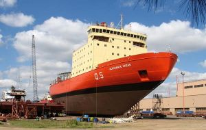 The 15.000-ton icebreaker has been sitting in the Tandanor dry dock for six years