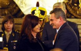 The Argentine president with minister Rossi