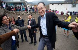Kim comes back to his old home in Carabayllo where he once worked with tuberculosis patients<br /> <br />