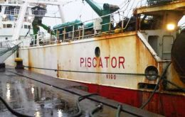 The Spanish flagged trawler had a catch in hold of 250 tons when it was captured