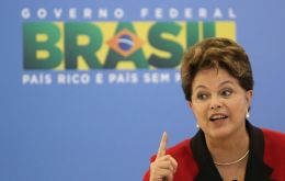 The right to come and go, to transit is a fundamental democratic right in Brazil, said President Rousseff