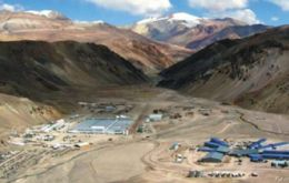 Pascua-Lama was originally forecast to produce 800,000 ounces to 850,000 ounces of gold per year