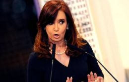 Cristina Fernandez refuses information arguing it does not recognize the government of President Franco