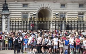 Crowds celebrate the arrival of the newest heir to the British throne