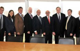 The numerous bipartisan US delegation were received at Timerman office