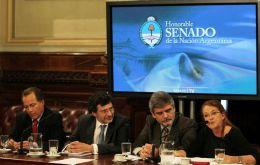 Militant Ambassador Castro (R) is again trying to have the Argentine pope involved in the Falklands' dispute  (Pic DYN)