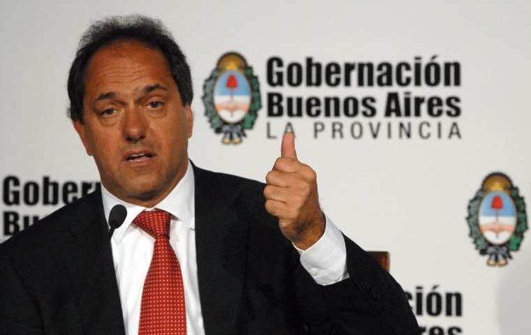 "Buenos Aires province governor Scioli: ""government deserves to be supported"""