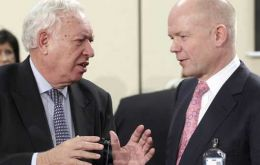 García-Margallo and Hague still looking for common ground to begin formal talks
