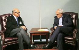 Timerman and Zarif during their meetings at the UN building