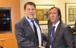 Argentina's Economy minister Lorenzino and WB Vice-President for Latam and Caribbean, Hasan Tuluy.