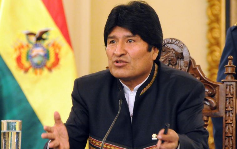 "President Morales says they are trying to impede Unasur from advancing towards ""the definitive liberation of our peoples"""